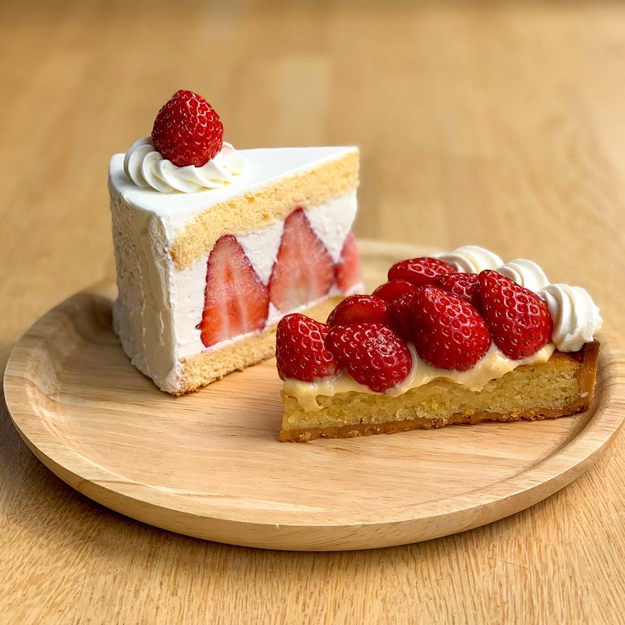 ichibiko いちごのショートケーキ(左)・生いちごタルト(右)