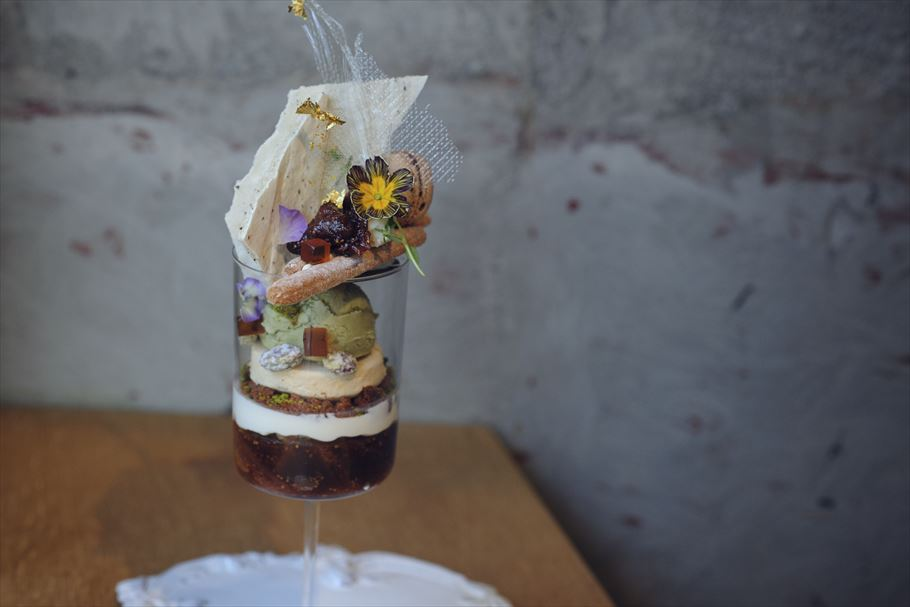 上野毛、ラトリエアマファソンで今食べられる「黒いちじく」「金柑」のパフェ