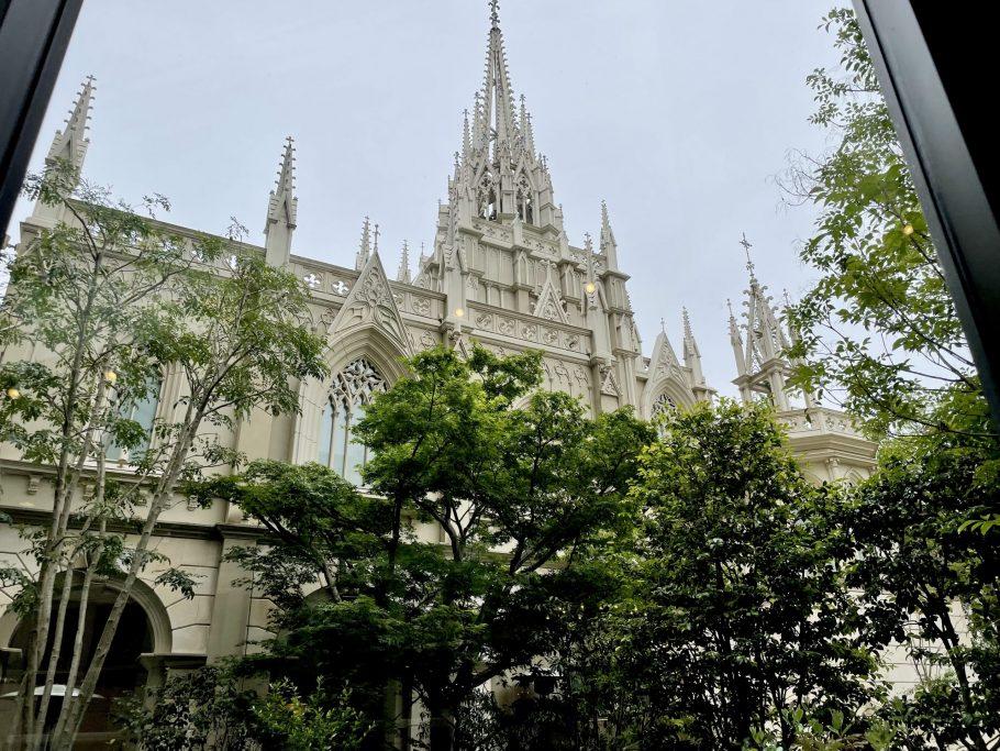 """童話""""不思議の国のアリス""""の世界をパフェで魅せる 名古屋「グラマシースイート」でリピーター続出の大人のご褒美パフェ"""
