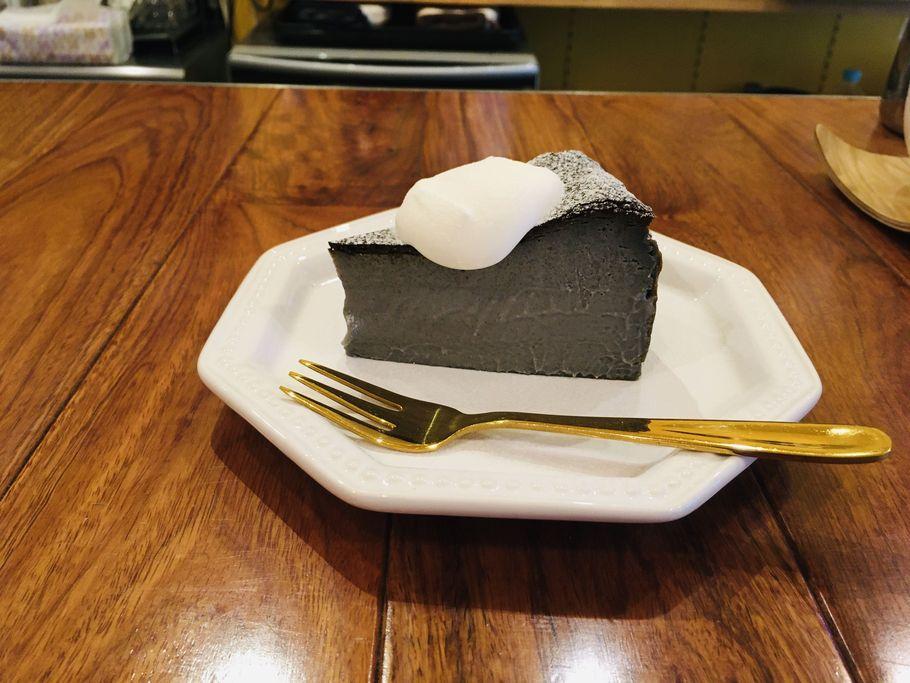 チーズケーキ横2