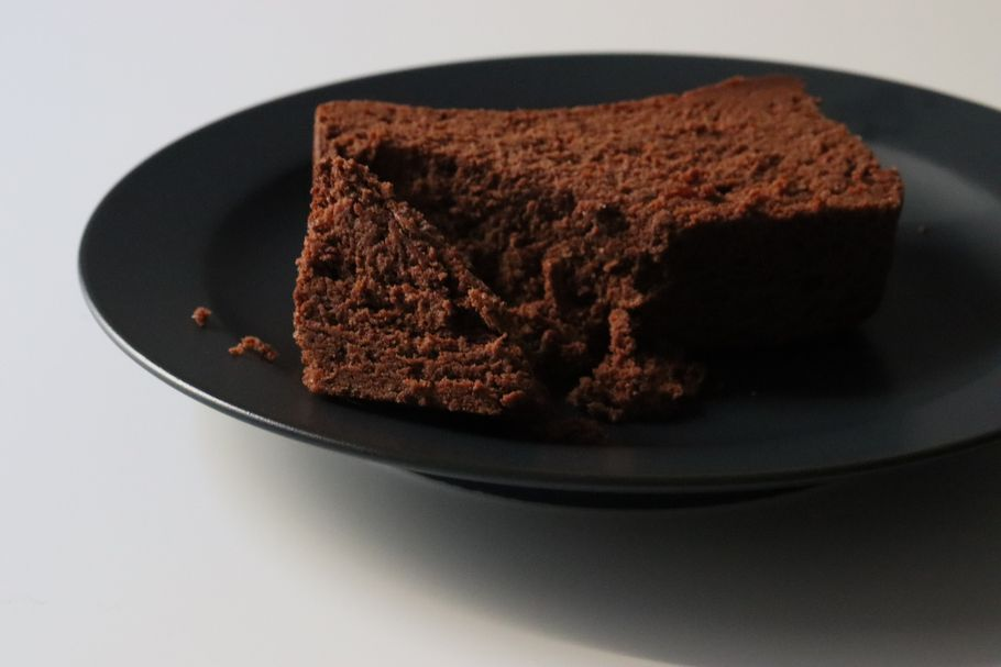 30秒で売り切れる。幻にして、ガトーショコラの常識を覆す天国食感の「THE chocola」