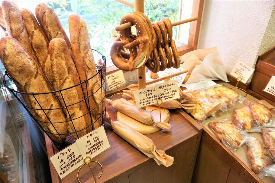 思わず立ち寄りたくなる!本格的ドイツパンがおすすめな白金高輪のパン屋さん Backerei Blau Berg(ベッカライ ブラウベルグ)