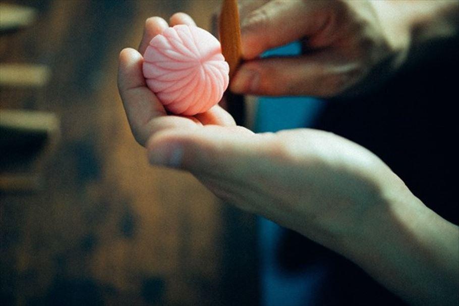 """三納寛之の""""ときめきの和菓子""""」vol.02 振り向いてもらえる和菓子と""""上生菓子""""の世界"""