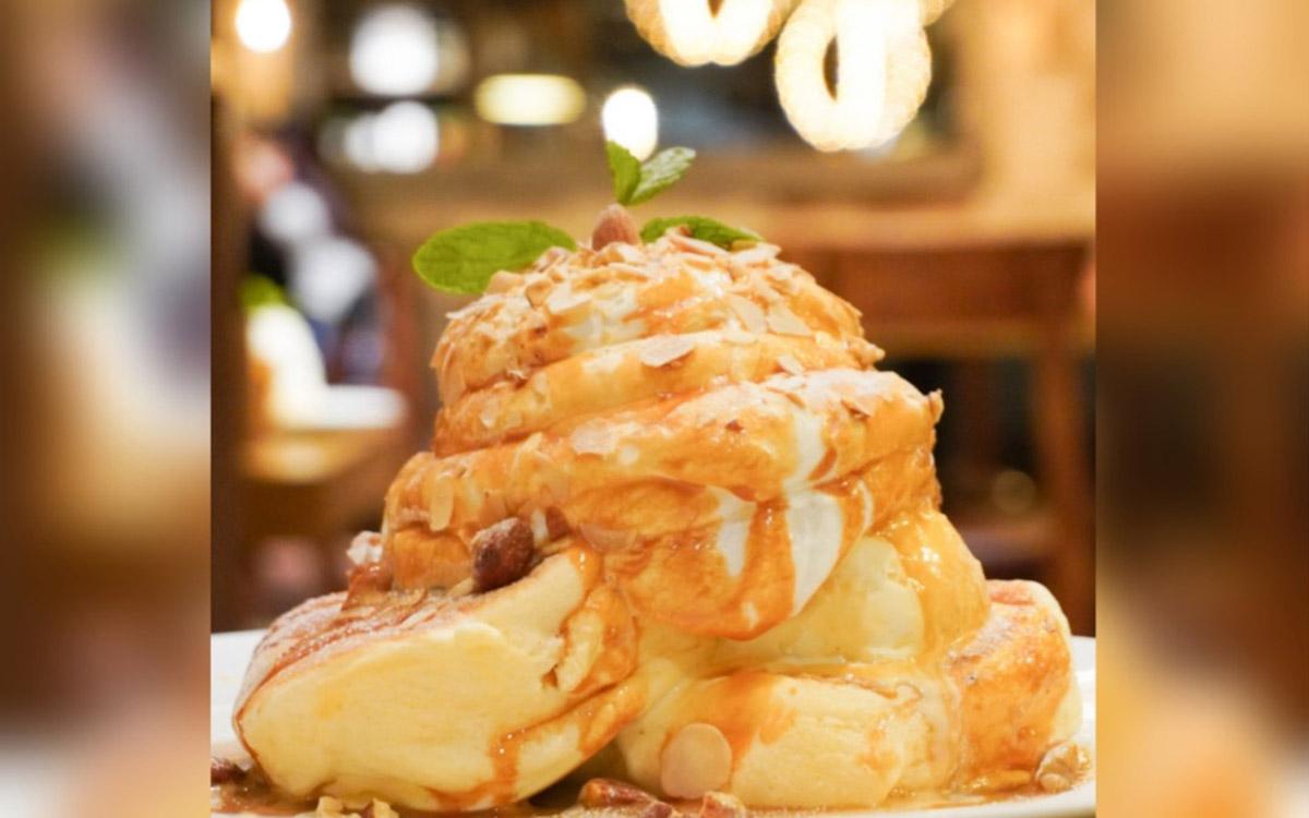 『ESPRESSO D WORKS』のふわふわパンケーキと絶品バスクチーズケーキ堪能!(渋谷)