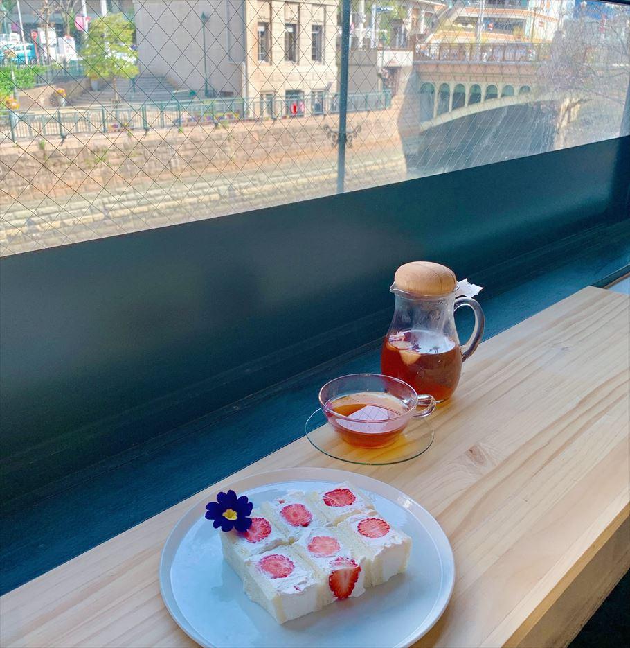 パンは「い志かわ」、クリームは「堂島ロール」を使用した名古屋の「パティスリー&オープンテラスカフェリヴァージュモンシェール」 絶品フルーツサンド