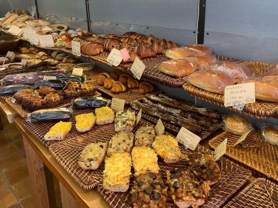 とにかく生地が絶品×バラエティ豊富なパン「メゾンムラタ」で、話題のマリトッツォを発見!!