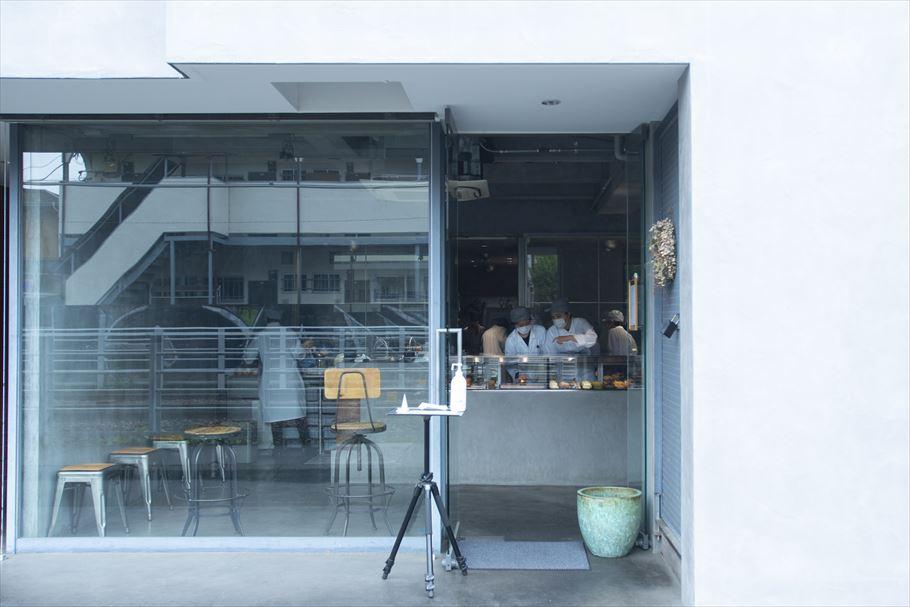 """""""お店全体がショーケースに""""等々力の人気店「アサコイワヤナギ」の計算された空間とは"""