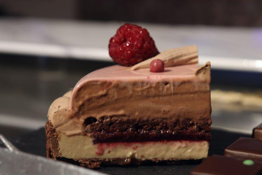 「プレスキルショコラトリー」(吉祥寺)の7月しか買えない冷凍ケーキ(LikeSweetsBOX)を最高すぎるジェラートを試食してみた