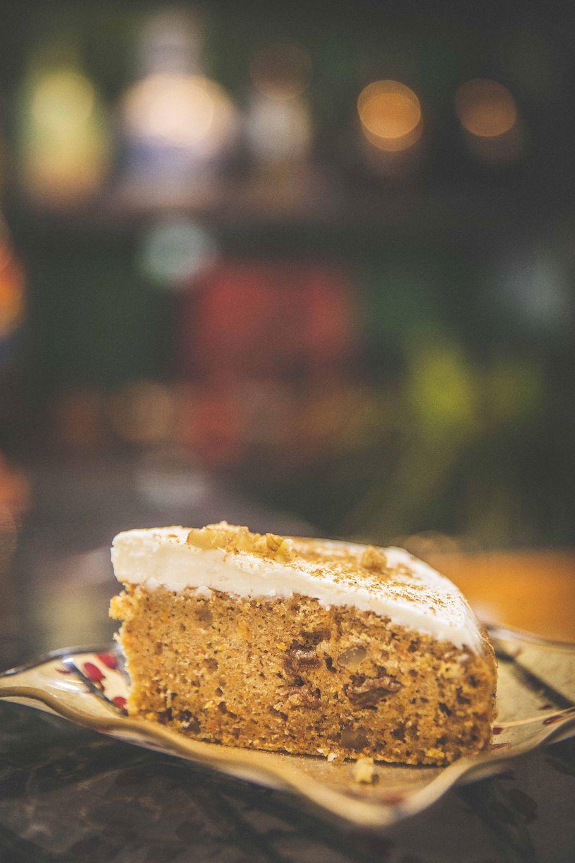 空前絶後のキャロットケーキブーム。「リウェイコーヒースタンド」(高田馬場)のスパイスにこだわりまくったキャロットケーキ