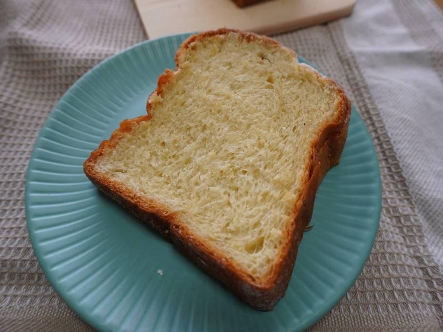 横浜でパンを買うなら♡「トツゼンベーカーズキッチンの食べると幸せになれるバナナパン