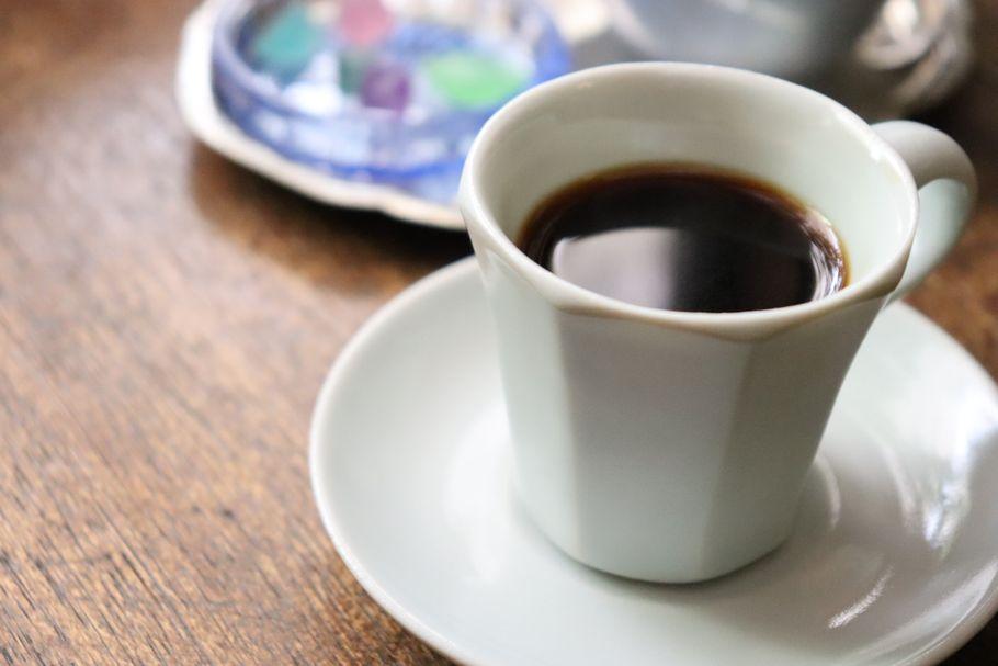 本を片手に時間を忘れて、閑かな喫茶室で。「シャララ舎」(笹塚)~琥珀糖ものがたり~(後編)