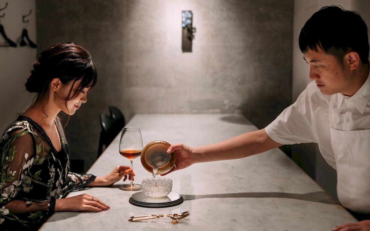 美味しさと美しさの交差点で。今最も予約が取れない「Yama」(恵比寿)の四季を感じるアシェットデセール。鈴木セイラ「金曜日、秘密のデザート」vol.04